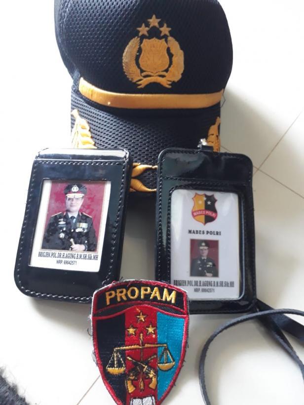 Kartu Anggota Polri yang Digunakan Polisi Gadungan Untuk Memeras Korbannya.