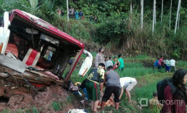 Kondisi Bus yang kecelakaan