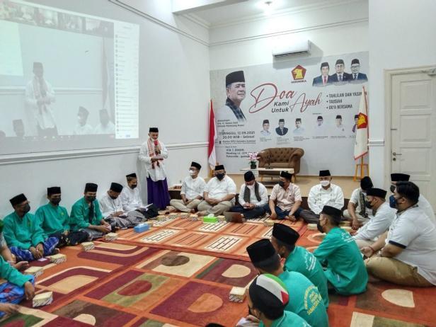 Pelaksanaan tausyiah dan doa bersama untuk Nasrul Abit di Kantor DPD Partai Gerindra Sumbar, Minggu (12/9/2021) malam.