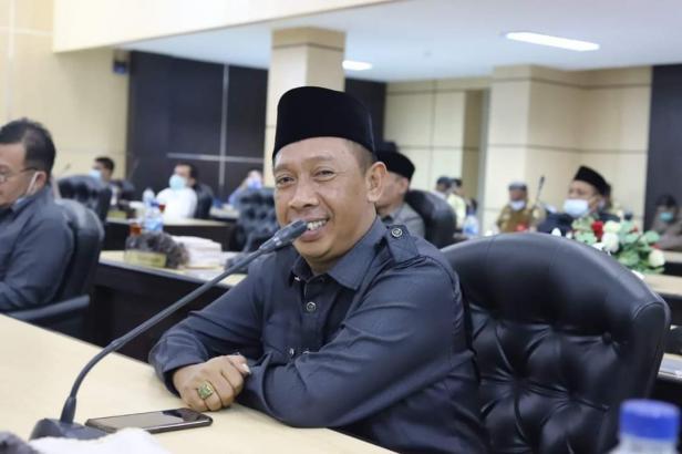 Anggota DPRD Kota Solok, Deni Nofri Pudung