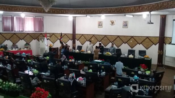 Dewan Perwakilan Rakyat Daerah (DPRD) Kota Padang, berharap kepada walikota dalam pengisian Organisasi Perangkat Daerah (OPD) yang disepakati, diisi oleh orang-orang yang memiliki kemampuan