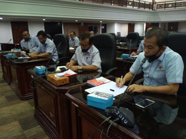 Hearing komisi V DPRD Sumbar dengan KONI Sumbar