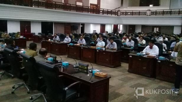 Hearing KONI se Sumatera Barat dengan DPRD Sumbar