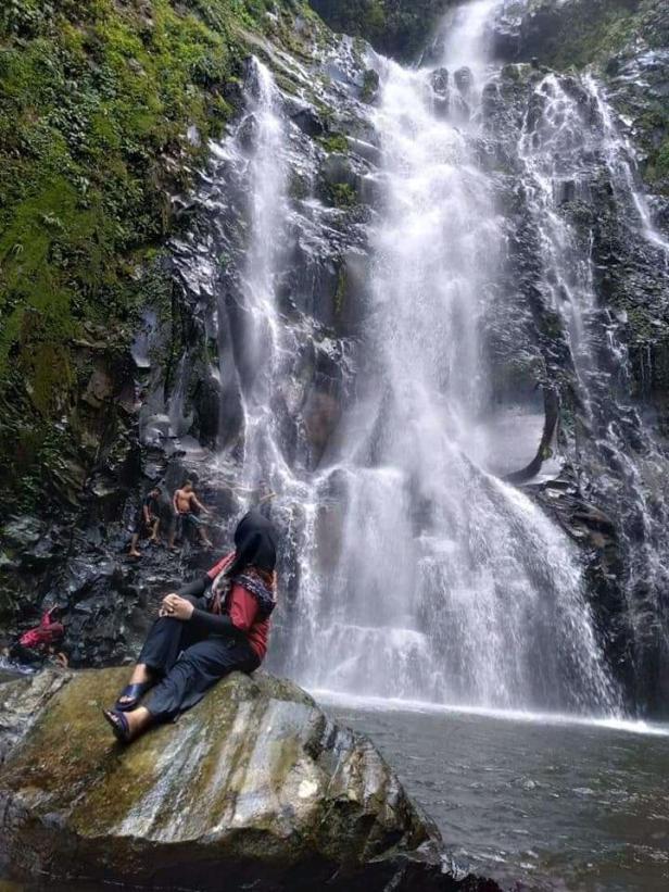 Air Terjun Siburai Burai Padang yang berada Jorong Anam Koto Utara, Kecamatan Kinali