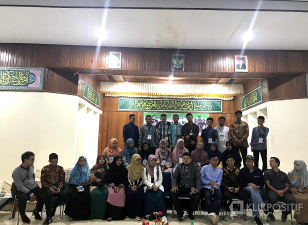 Foto Bersama Anggota IPMI pada acara Minangkabau World Scholarship Festival IPMI 2019 lalu di Padang Panjang