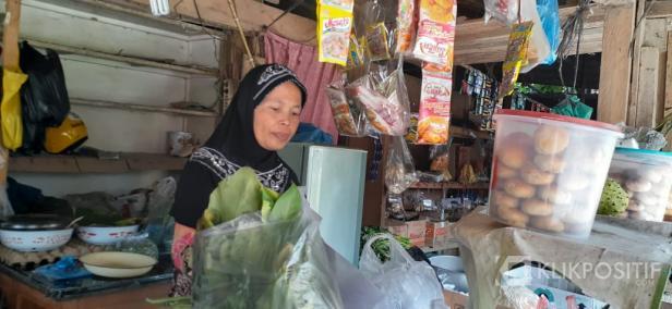 Eka Marlinda, salah seorang mustahik UPZ Baznas Semen Padang