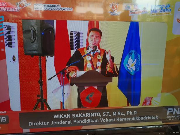 Dirjen Pendidikan Vokasi Kemendikbudristek Wikan Sakarinto saat memberikan sambutan acara Rapat Senat Terbuka PNP ke XXXIV.