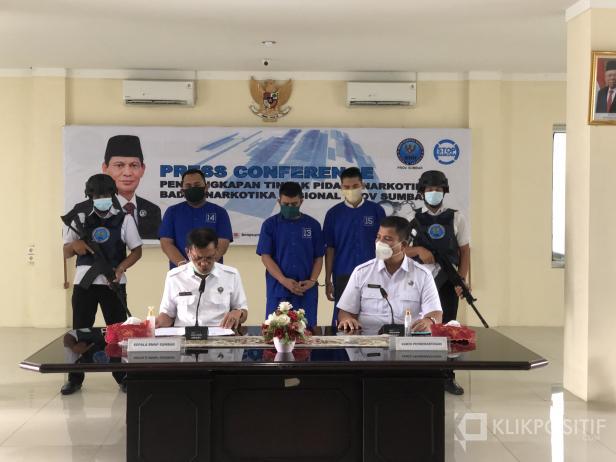 Press Release di BNNP Sumbar