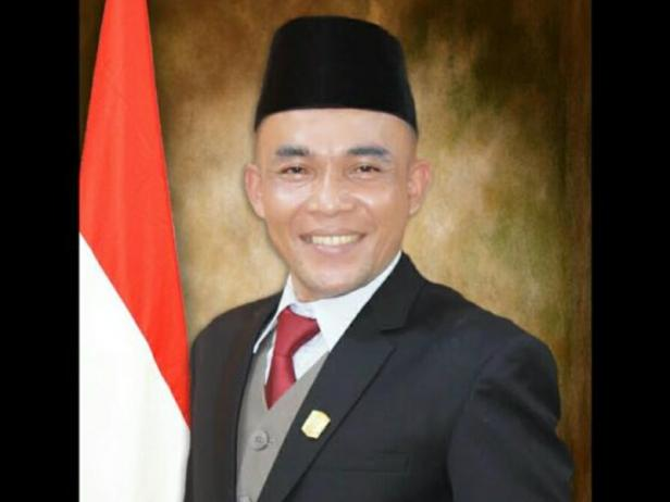 Ketua DPRD Kabupaten Solok, Dodi Hendra