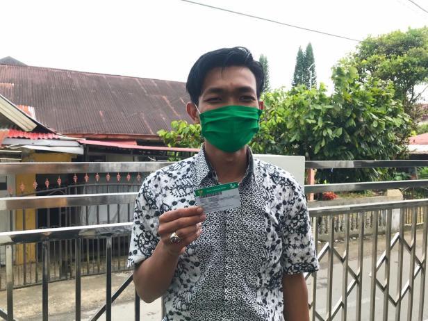 Salah seorang peserta yang telah merasakan manfaat Program JKN-KIS, Adek Wira Bakti (28 tahun)