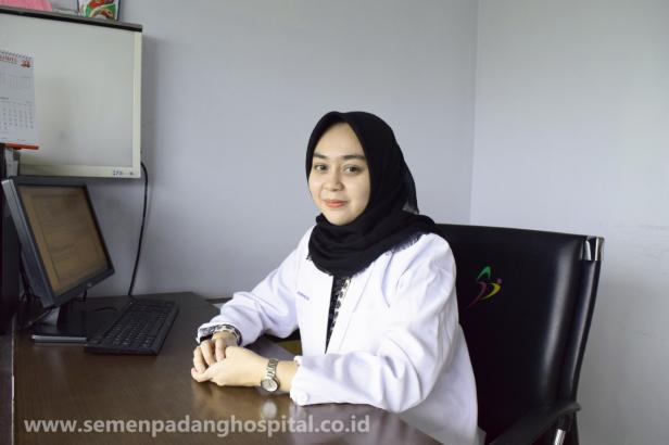 Dokter Spesialis Kebidanan dan Kandungan Semen Padang Hospital (SPH), dr. Primadella Fegita, Sp. OG