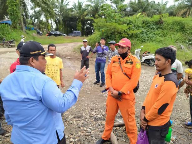 Tim BPBD Kabupaten Padang Pariaman di Lokasi Pencarian