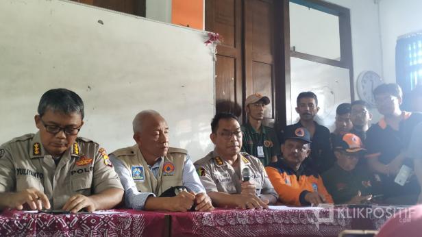 Konferensi Pers kejadian hanyut SMPN 1 Turi Sleman