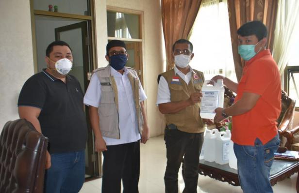 Peneyrahan bantuan disinfektan