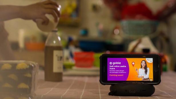 Telkomsel dan Gojek memperkuat kolaborasi dengan mengintegrasikan layanan Telkomsel MyAds dengan GoBiz