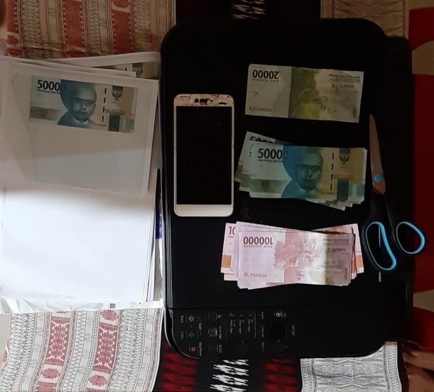 Uang palsu yang diedarkan tersangka di Kota Payakumbuh dan Kabupaten Lima Puluh Kota.