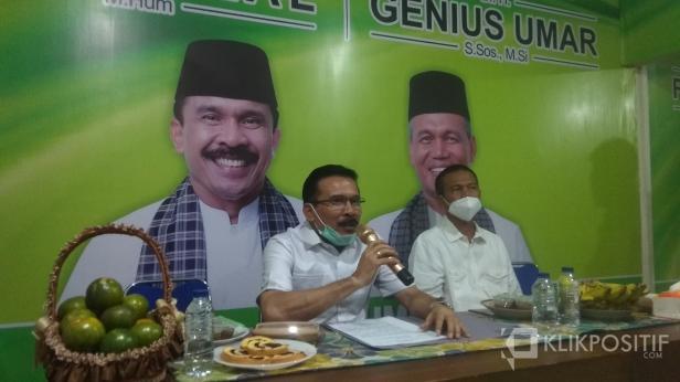 Bakal Pasangan Calon Perseorangan Gubernur dan Wakil Gubernur Sumbar Fakhrizal - Genius Umar di Posko Relawan