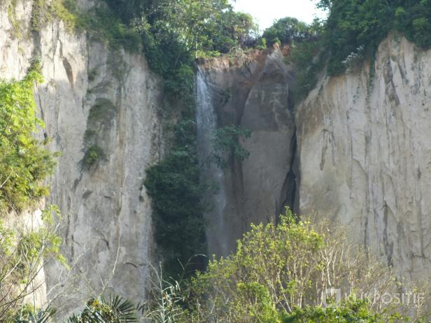 Air Terjun Puncak Taruko