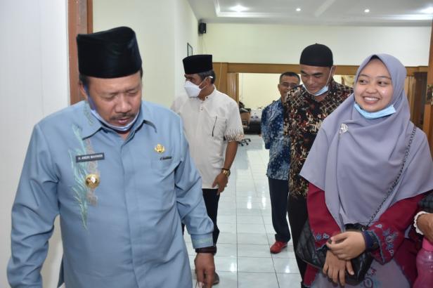 Bupati AWR bersama Elum Nur Risman