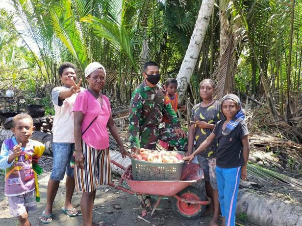 Gairah Semangat Warga Kampung dalam Pra TMMD