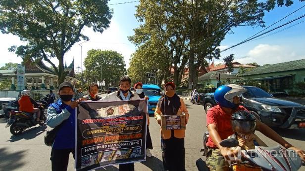 Aksi Solidaritas PWI dan Universitas Fort de Kock