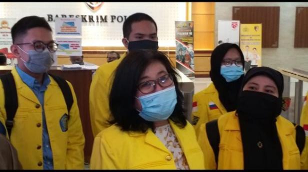 Civitas Academica Universitas Indonesia (UI) melaporkan politikus PKS Al Muzammil Yusuf ke Bareskrim Polri, Senin (21/9/2020).