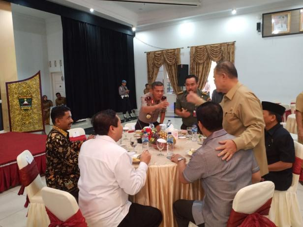 Kepala Forkopimda saat Coffee Morning bersama Gubernur Sumbar Irwan Prayitno dan Wakil Gubernur Nasrul Abit