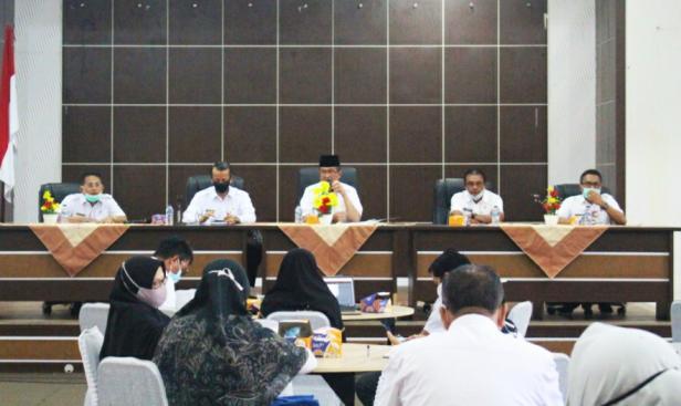 Bupati Solok, H. Gusmal minta seluruh SKPD segerakan entri RKA di SIPD