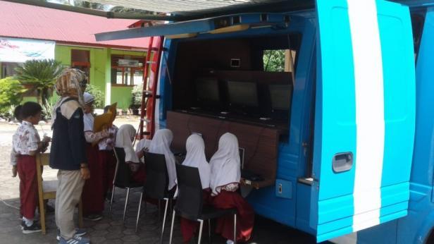 Giat Kominfo Pariaman berikan keterampilan penggunaan komputer pada anak SD
