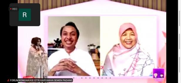 Tangkapan layar webinar yang digelar FKIK Semen Padang.