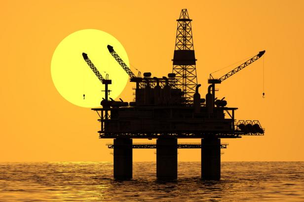 Kilang minyak (ilustrasi)