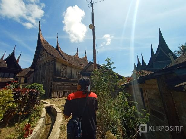 Kampung Sarugo di Nagari Koto Tinggi Kecamatan Gunuang Omeh Kabupaten Lima Puluh Kota - Sumbar