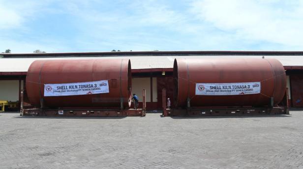 Shell Kiln Tonasa 3 yang dibuat bengkel fabrikasi (workshop) PT Semen Padang,  merupakan salah satu produk/jasa layanan Bisnis Inkubasi Non Semen PT Semen Padang.