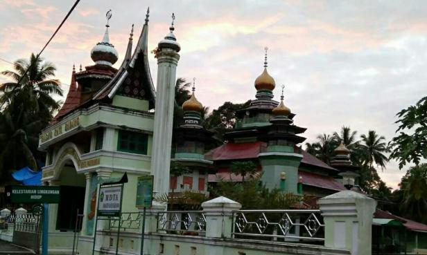 Masjid Raya Badano Pariaman