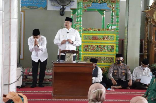 Wako H. Zul Elfian  dan Wawako Solok, Dr. Ramadhani Kirana Putra Silahturahmi dengan pengurus lembaga adat kota Solok