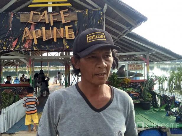 Pengurus KGPPL Kambang Barat, Yendra Osdar