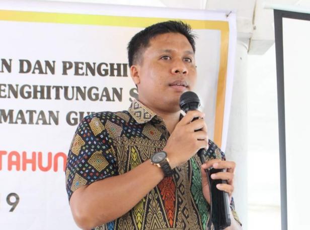 Komisioner KPU Kabupaten Solok, Jons Manedi
