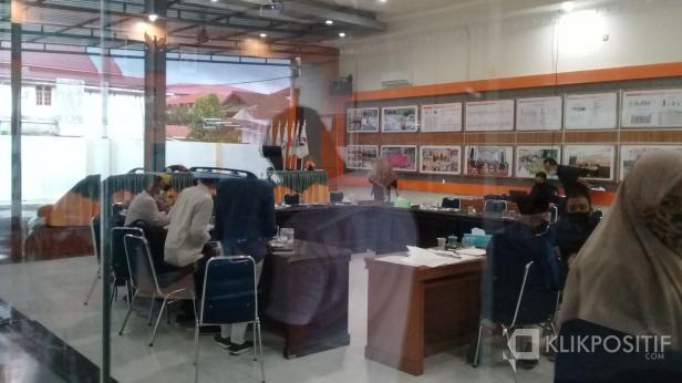 Rapat pleno tertutup penetapan calon kepala daerah Pilkada 2020 Sumbar