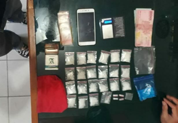 26 paket Sabu berhasil diamankan polisi dari seorang bandar di Talang Babungo, Kabupaten Solok
