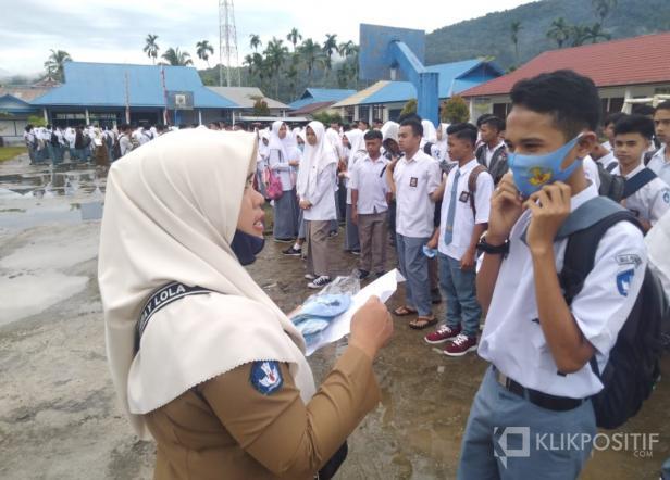 Siswa SMK Negeri 1 Talamau