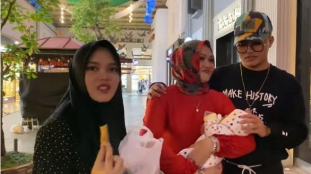 Liburan Bersama, Ini Kenangan Manis Lina Mantan Istri Sule Bersama Keluarga