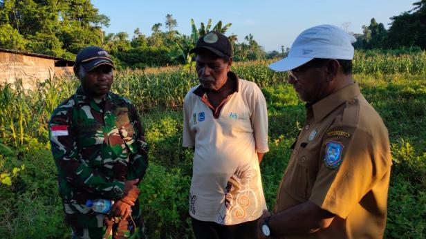 Kepala Kampung Dorba Apresiasi Langkah TNI dalam TMMD