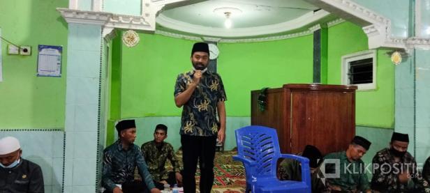 Ketua DPRD Solsel Zigo Rolanda Saat Pimpin TSR DI Mesjid Salman Nagari Lubuk Gadang Utara kecamatan Sangir