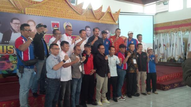 Foto Bersama Dalam Musyawarah KONI Bukitittinggi