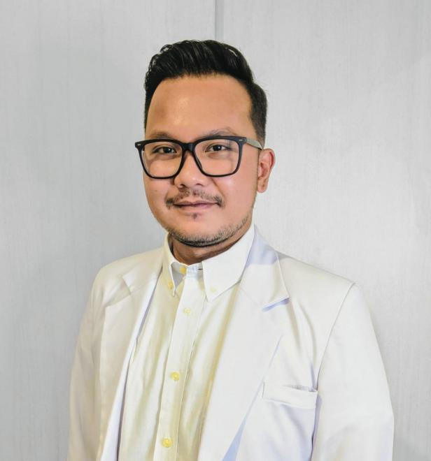 Dokter Urologi di Semen Padang Hospital, dr. Peri Eriad Yunir, Sp.U (K)