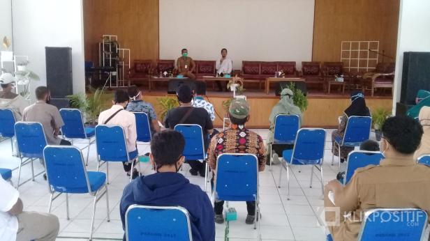 Sosialisasi Perda AKB di Lubuak Aluang Padang Pariaman oleh anggota Komisi I DPRD Sumbar, M. Ridwan, Senin, 19 Oktober 2020