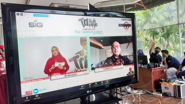 Leader Cafe Virtual