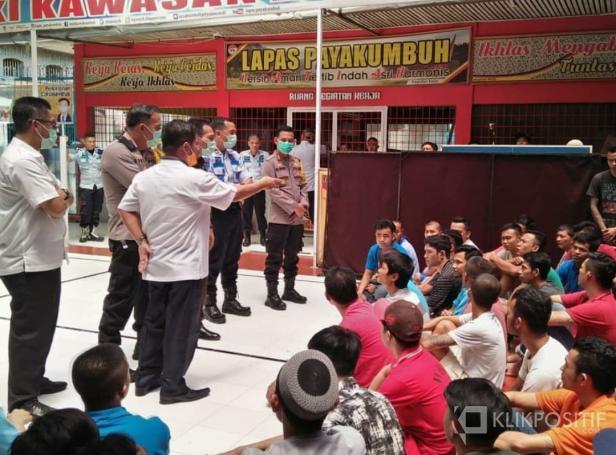 Kapolres Payakumbuh AKBP Dony Setiawan dan rombongan saat kunjungi Lapas Klas II B Payakumbuh.