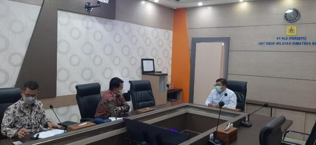 Guna meningkatkan infrastruktur di bidang sistem kelistrikan, Selasa (27/04) lalu DPRD Mentawai kunjungi PLN Sumatera Barat