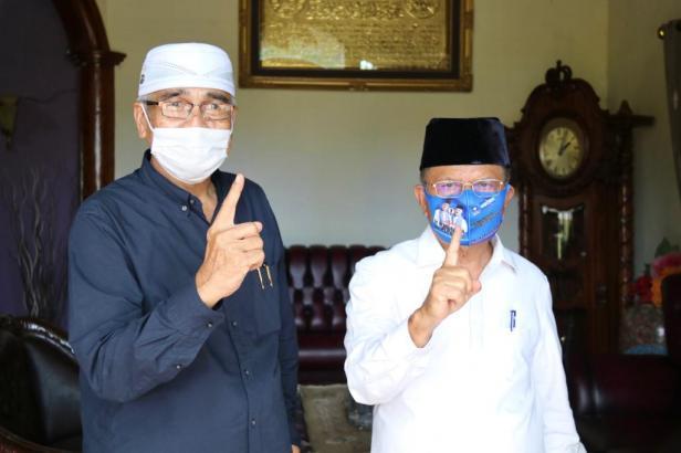 Majelis Ulama Indonesia (MUI) Pesisir Selatan (Pessel) secara resmi menyatakan dukungan untuk Calon Gubernur dan Calon Wakil Gubernur Sumbar, Mulyadi - Ali Mukhni pada Pilkada Sumbar 2020.